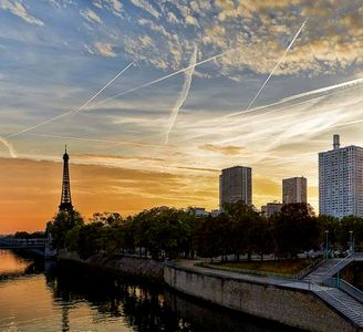 Photo for Loft 5 places with stunning views of the Eiffel Tower