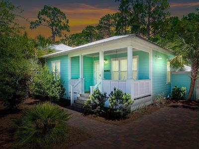 Photo for Handicap Friendly Cottage w/ Two Pools, Tennis; Close to Beach and Nature Trails