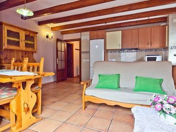 Search 170 holiday rentals