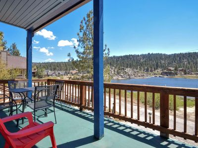 Photo for Boulder Bay Chalet: Beautiful Lake Views! Hot Tub! Gas BBQ! Walk to the Lake! Cable!