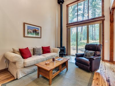 Photo for Family-friendly home with tree-lined views - right on the golf course!