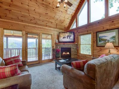Photo for Highpoint Escape, 3 Bedrooms, Mountain Views, Hot Tub, WiFi, Sleeps 10