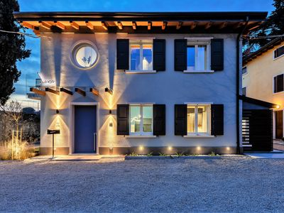Photo for Villa On the border with the Colà-Lazise Spa- Wi-Fi and Air Conditioning-CasaMasa1A