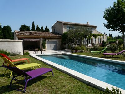 Photo for Provencal farmhouse, private heated pool and beautiful views in the Alpilles
