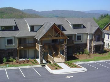 Lodges at Elkmont, Shawneehaw, NC, USA