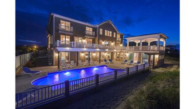 """Photo for """"The Regency North"""" 2 Pools, Direct Beach Access, Elevator, Theater & Game Rooms"""