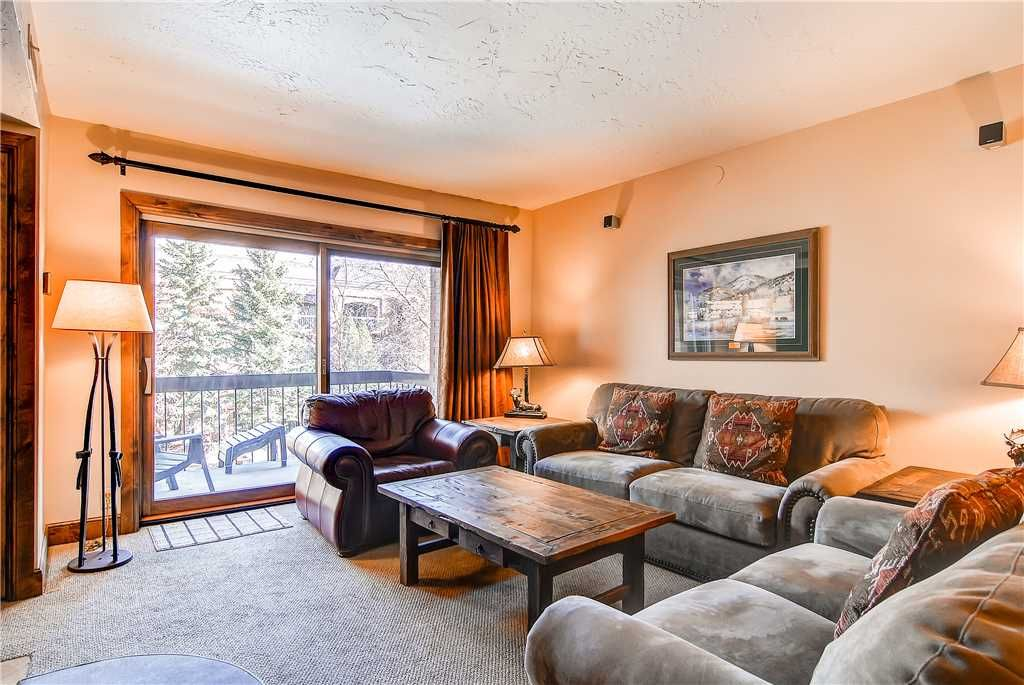 Walk to Town Lift Heated Pool and Hot Tub - VRBO