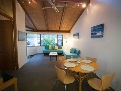 Close to the Water, Sea Urchin Apartment in Resort