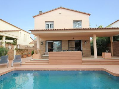 Photo for Apart-rent-house with pool and mooring (0109)