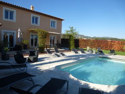 Photo for 5BR Villa Vacation Rental in Sanary-Sur-Mer, Provence-Alpes-Côte-D'Azur