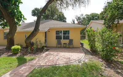 Photo for ⭐ Super Close to Siesta Key, Walk to Many Cool Places - Brand-New inside⭐