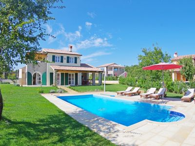 Photo for Beautiful villa in a peaceful location in east cost of Istria