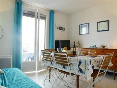 Photo for Apartment Narbonne, 2 bedrooms, 6 persons
