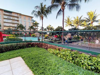 Photo for Upscale condo w/ resort pools/hot tubs - oceanfront, close to beach!