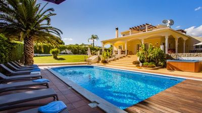 Photo for Vale do Garrao Villa, Sleeps 12 with Pool, Air Con and WiFi