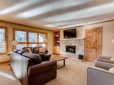 Photo for Mountain view condo with ski-in/ski-out access and shared hot tubs/pool