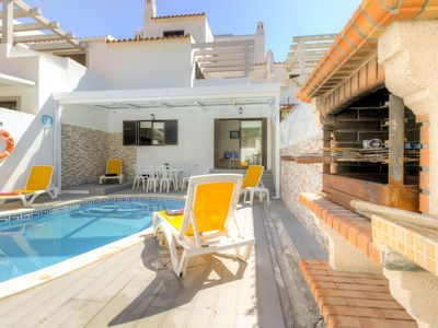 Photo for Villa in Quarteira with 4 bedrooms sleeps 8