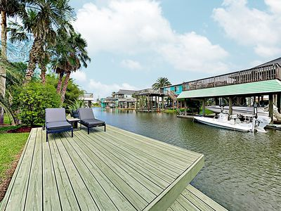 """Photo for New Listing! """"The Palms"""" - Jamaica Beach Canal Home on Double Lot w/ Dock"""