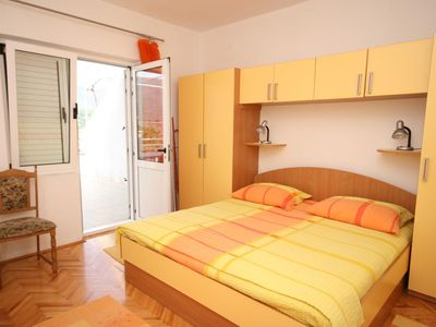 Photo for Two bedroom apartment with terrace Jelsa, Hvar (A-2059-a)