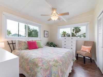 Photo for Waterfront canal retreat in Sea Isle