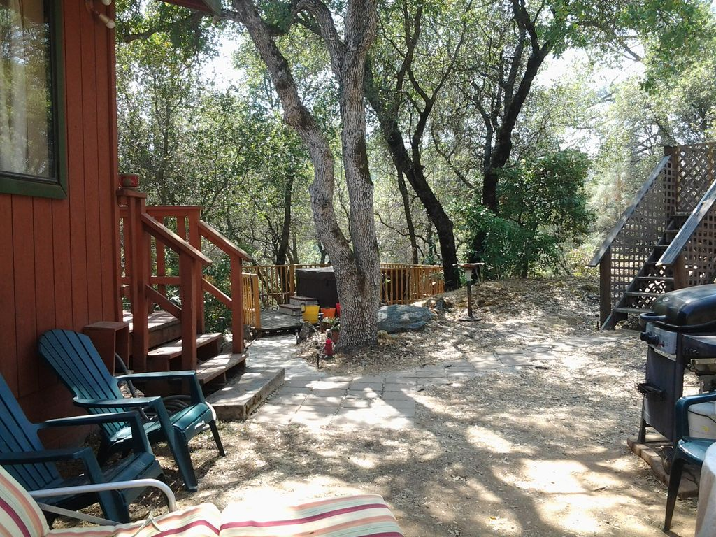 Midpines,Yosemite~private hot tub~pool~family friendly~1 night stays available