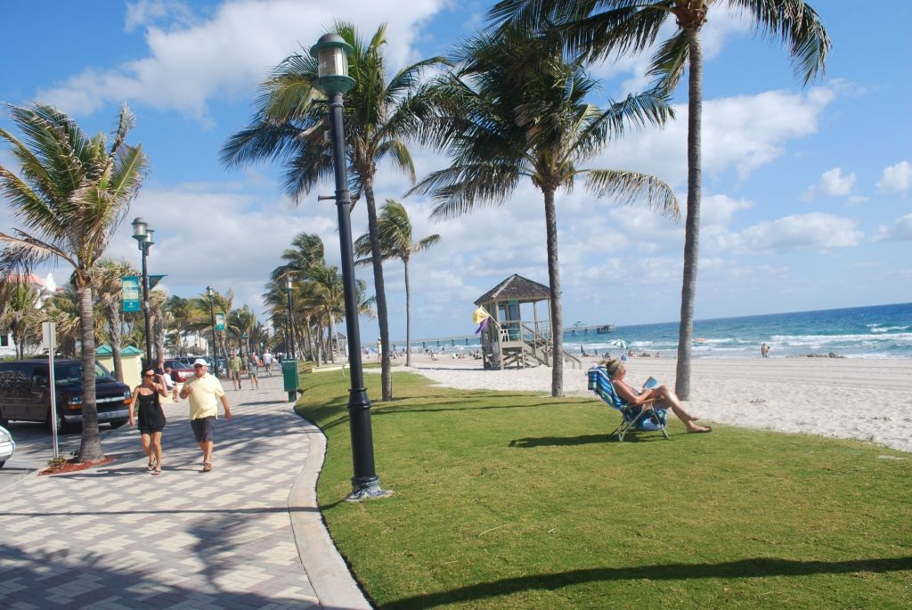 Deerfield beach vacation corporate furnished rental 2 br for Deerfield beach fishing charter