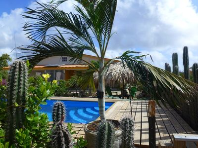 Sunny new holiday home with large garden, palmpalapa and private pool