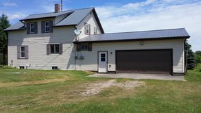 Photo for 4BR Farmhouse Vacation Rental in Bark River, Michigan