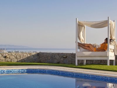 Photo for 'NERIA ELEGANT VILLA NAXOS 4 BEDROOOMS 4 BATHROOMS PRIVATE POOL AND JACUZZI Accommodates 8 adults & 3 children !