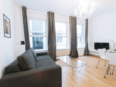Photo for CENTRAL LONDON - ST. PAUL'S - HOLBORN AREA LOVELY 1BR WITH PATIO!