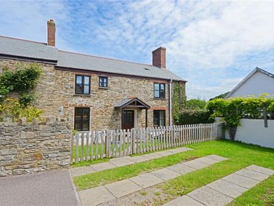 Photo for Vacation home Cross Farm Cottage  in Barnstaple and Braunton, South - West - 5 persons, 3 bedrooms