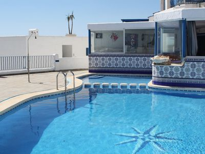 Photo for Welcome to the Perla Blanca apartment building ''The White Pearl'' in Peñiscola,