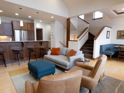 Photo for Available July 2020 - 4 Bedroom Luxury Townhouse Between Mountain and Downtown