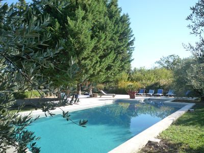 Photo for Mas in Provence Luberon heated pool 6 to 14 people