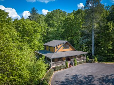 Photo for PRIVATE LUXURY. SPACIOUS AND UPSCALE CABIN WITH THEATER IN BEST AREA RESORT!!