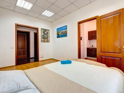Photo for Bright two bedroom apartment on the street Potter