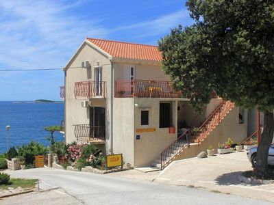 Photo for One bedroom apartment with balcony and sea view Soline, Dubrovnik (A-8825-a)