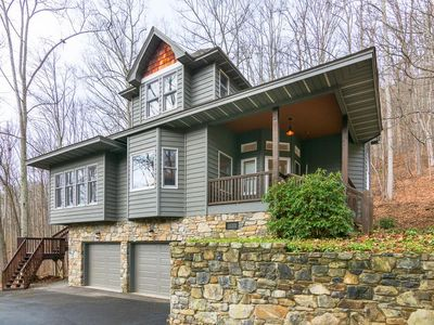 Photo for Close to Downtown Asheville yet secluded! Very spacious. Includes Biltmore & more...