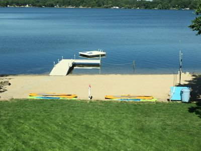 Clean beach and swimming area.  Swimming dock roped off for kids.  Diving raft.