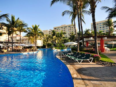 Photo for Beautiful Mayan Sea Garden, Mazatlan, Mexico!  1 Bed/1 Bath suite.  Best Rates!