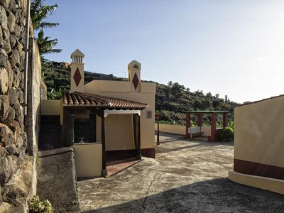 Photo for CUESTA EL PLANTO - COZY HOUSE CANARIA IN PLATANERA FARM WITH SEA VIEWS