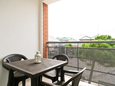 Photo for Tibero apartment in Ravenna with WiFi, integrated air conditioning, private parking, balcony & lift.