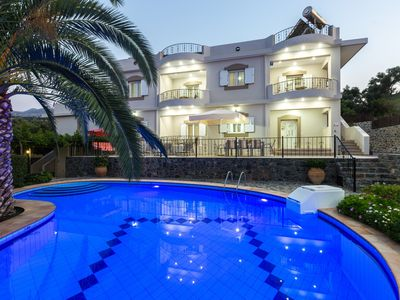 Photo for Quiet Apartment with private pool, BBQ, playground, surrounded by nature!