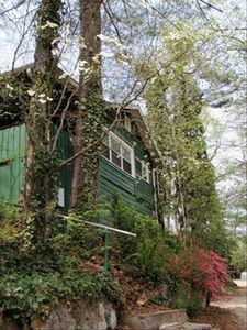 Photo for Treehouse Cottage, Fireplace, Hot Tub, 2 Bedrooms, 2 Baths