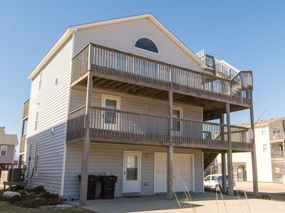 Photo for K1470 Dollar Short. Step to Beach Access, Pool, Hot Tub, Pool Table, Wifi!
