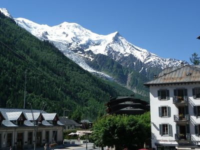 Photo for 200m from the city center, 2 bedroom apartment fully renovated, overlooking the Mont Blanc