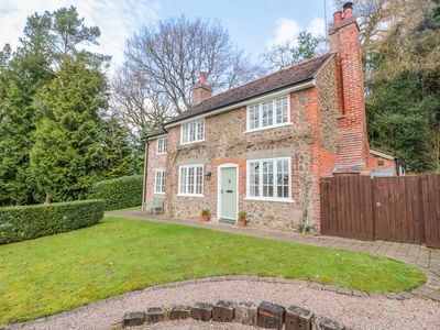 Photo for WISTERIA COTTAGE in Colwall, Herefordshire, Ref 987806