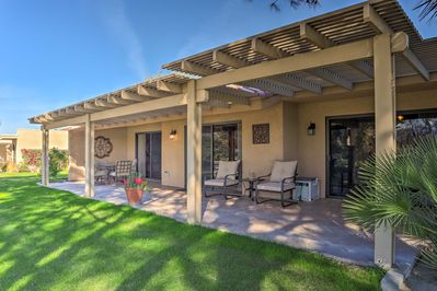 The best of the west awaits at this Palm Desert vacation rental condo!