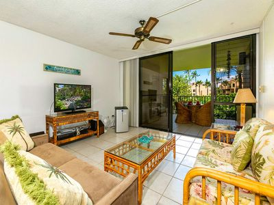 Photo for Kihei Ease Thrives! Lanai, Kitchen, AC, Laundry, WiFi+Flat Screen–Kamaole Sands 6203