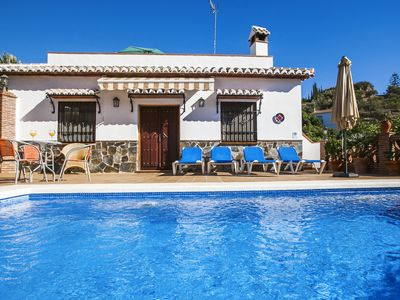Photo for Lovely cottage with airconditioning in Nerja